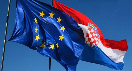 Hrvatska zastava i zastava Europske Unije