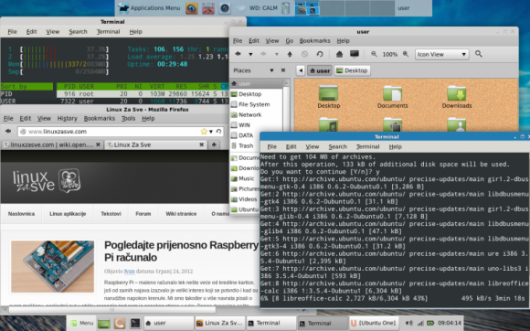 Mint 13 Xfce final desktop 1