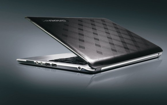 Lenovo U350 - Izvor: http://www.lenovo.com/product_photos/mp/en/product_photos.htm